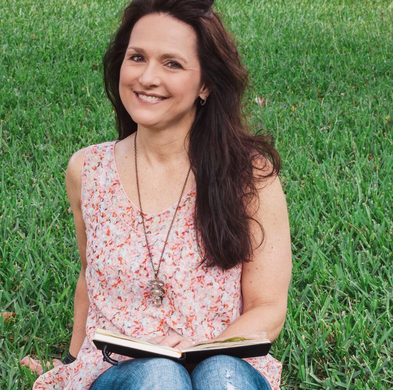 #37 Roben-Marie Smith: The Tech-Savvy Artist