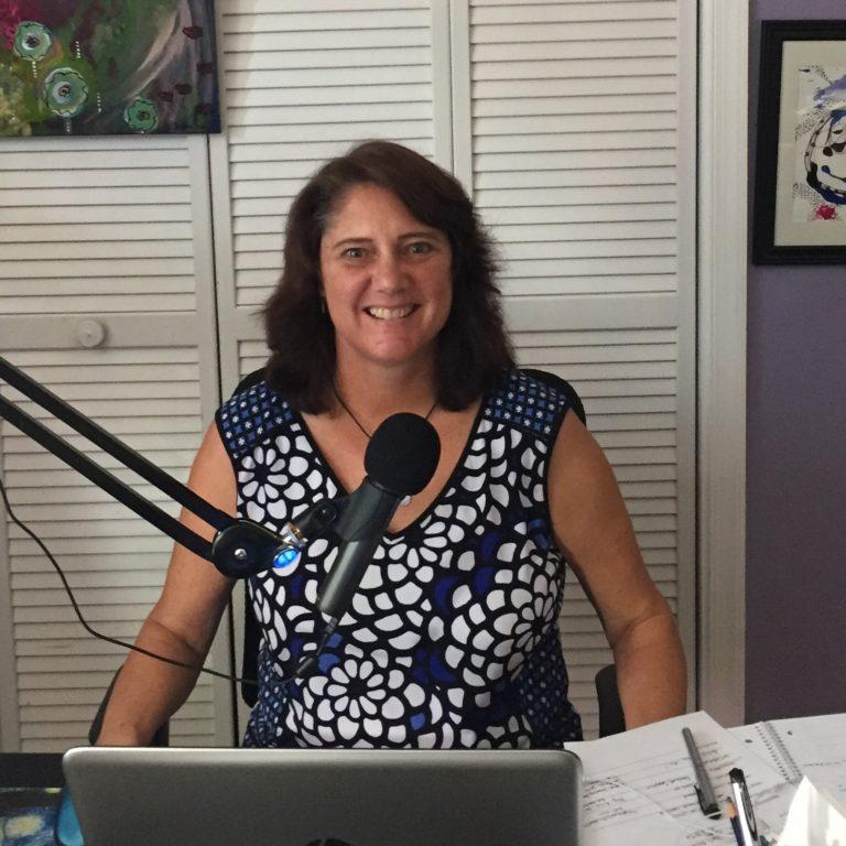 #133 Suzanne Redmond: Artist and Podcast Host