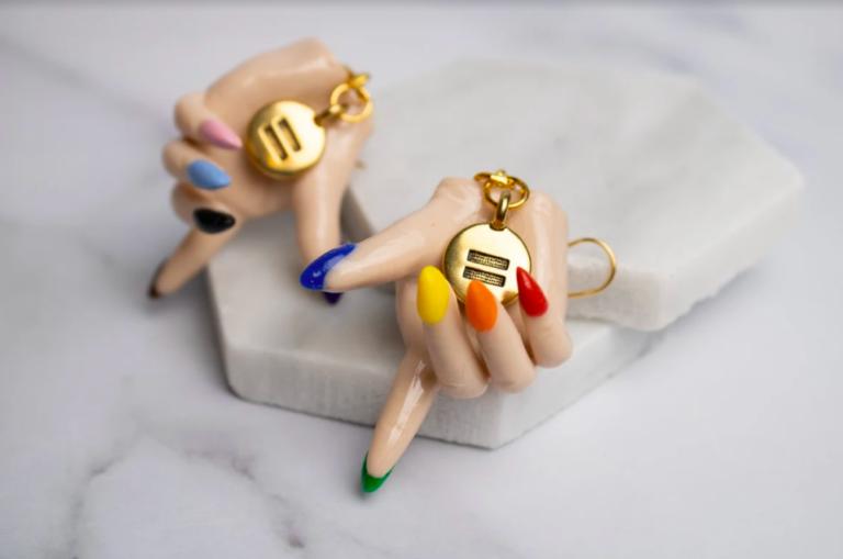 Tiny hands art