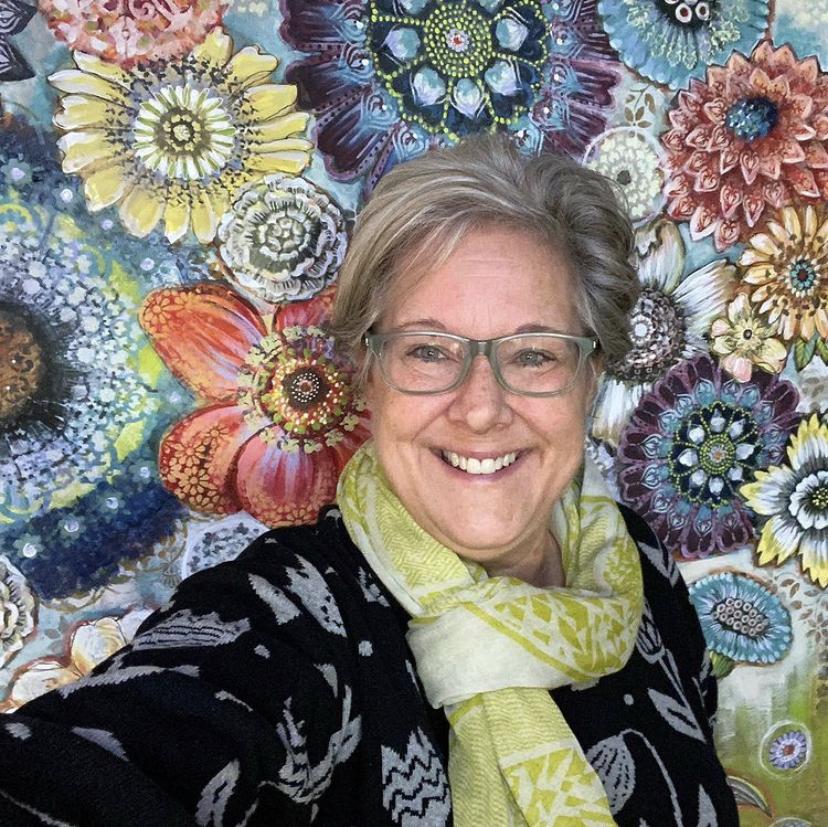 #222 Lori Siebert: Art, Classes, and Licensing